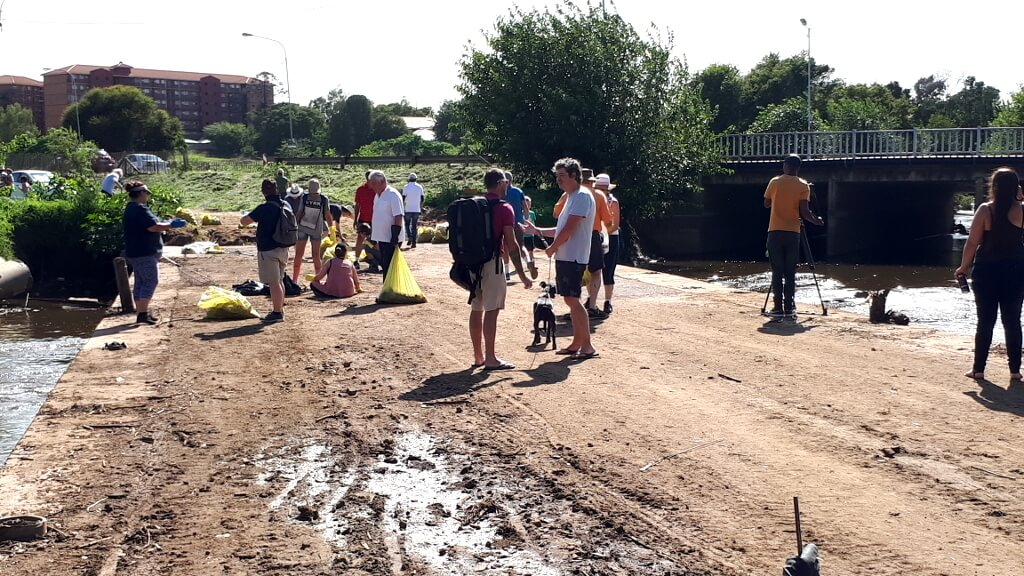 People from all walks of life making a change for a cleaner Riverside Park and Hennops River